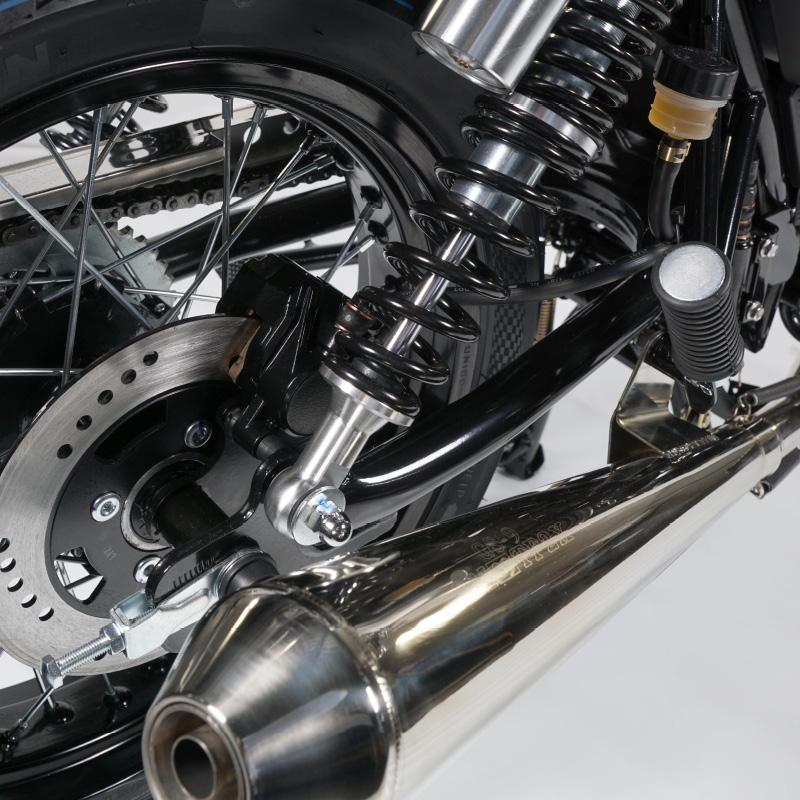 ... MASH CAFE RACER 125cc silver mat ...