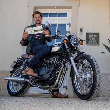 Envie de changer d'air, de vous évader ... C'est parti avec la SIX HUNDRED 650 CC, prenez du plaisir !  #mash #mashine #style #ride #motorcycle